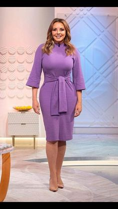 Carol's Bum - The Carol Vorderman Fan Site: Carol Vorderman - ITV Studios in London October 2018 Plus Dresses, Tight Dresses, Mom Outfits, Classy Outfits, Marvel Cosplay Girls, Carol Vordeman, Red Lace Gown, Minimal Outfit, Foto Pose