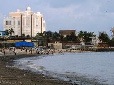 Top 5 Places in Mumbai – Gateway, Mani Bhavan Gandhi, Bollywood, Haji Ali and Cowpatty Beach Copacabana Beach, Fraser Island, Clean Beach, Arabian Sea, Tourism Website, Visit India, Beaches In The World, Famous Places, Island Beach