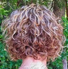 Women Hairstyles And Fashion: Awesome Short Curly HAirstyle for Women