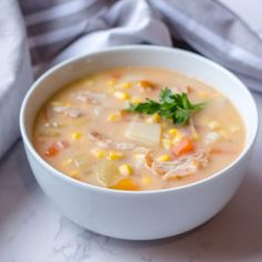Wanna make Instant Pot Chicken Corn Soup? My name is Corrie and I am here to help! Oh and I also have FREE pressure cooker recipes especially for you :) Chicken Corn Soup, Sweet Corn Soup, Pressure Cooker Recipes, Pressure Cooking, Turkey Soup, Broccoli Beef, Corn Chowder, Easy Food To Make, Instant Pot