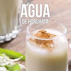 Video de Agua de Horchata benefits recipes recipes how to make smoothie smoothie recipes Mexican Snacks, Mexican Drinks, Mexican Dishes, Mexican Food Recipes, Mexican Horchata, Yummy Drinks, Healthy Drinks, Yummy Food, Healthy Recipes