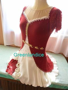 Elizabeth Grace design in red