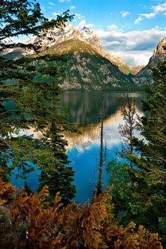 Jenny Lake, Teton Mountains, Wyoming......Spent some ti there years ago !!!!! Gorgeous place..
