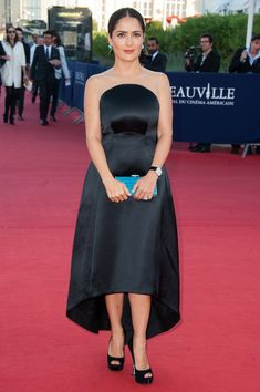 salma-hayek-38th-deauville-american-film-festival-closing-ceremony-deauville-france-stella-mccartney-gown-judith-leiber-east-west-rectangle-clutch-brian-atwood-pumps