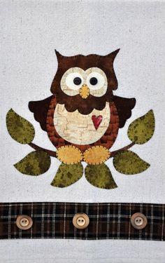 Little Hoot Owl ~ Wooden Bear Quilt Designs ~ Applique Pattern ~ tea towel Owl Applique, Applique Templates, Applique Patterns, Applique Quilts, Quilt Patterns, Owl Templates, Patterned Tea Towels, Owl Quilts, Baby Quilts