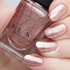 ILNP – Juliette: Next up is Juliette, a gorgeous rose gold scatter holo with silver flakes. The finish on this one is super sparkly and eye catching. The silver flakes give a reflective shine.