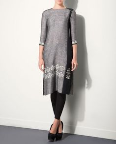 Gray Tunic with Floral Motifs - AM:PM - Designers