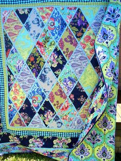 narrow lattice in perfect color    by Chasing Cottons, via Flickr