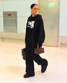 Rihanna arrives in Paris ahead of the FENTYXPUMA Fashion Show on Monday September 26
