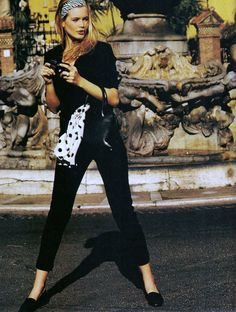 Claudia Schiffer in Roman holiday / Elle US August 1990 (photography: Marc Hispard, styling: Patricia Boin) via fashioned by love british fashion blog
