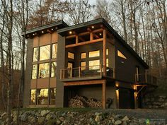 Decorating your Modern Mountain Home Plans ? We've compiled 50 gorgeous home Designs ideas to use as a starting point for your next decorating project. Shed Roof Design, Cabin Design, Modern House Design, Design Homes, Modern Mountain Home, Mountain House Plans, Mountain Houses, Cabin Plans, House Roof