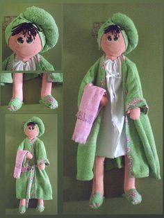 Geri Dönüşüm Projeleri Sewing Toys, Sewing Crafts, Sewing Projects, Fabric Dolls, Paper Dolls, Doll Crafts, Fun Crafts, Bathroom Crafts, Sock Toys