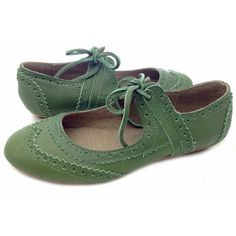 Coco Grass Green - Spring ($90) ❤ liked on Polyvore featuring shoes, flats, women's shoes, green, vintage, green leather shoes, genuine leather shoes, green shoes, lightweight shoes and flat heel shoes