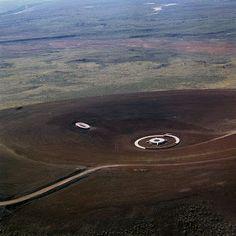 """In Search of the Center: 17 Days: More on James Turrell's """"Roden Crater"""" Abstract Sculpture, Sculpture Art, Metal Sculptures, Bronze Sculpture, Giger Art, Hr Giger, Antony Gormley Sculptures, Modern Art, Contemporary Art"""