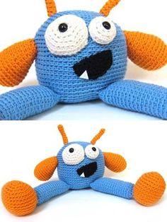 Design: Classic Wool - Plarko Monster using Ella Rae Classic Wool Crochet For Boys, Diy Crochet, Crochet Dolls, Crochet Baby, Crocheted Toys, Crochet Ideas, Amigurumi Patterns, Knitting Patterns Free, Crochet Patterns