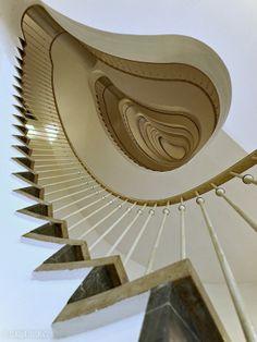 ... zigzag ... by Claudia Leverentz on 500px