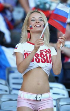 Russia is famous for its beautiful women, and many of them are also among football fans. Next, we offer a look at the most pretty girls-fans who were seen. Hot Football Fans, Football Girls, Girls Soccer, Soccer Fans, Hipster Girls, Sporty Girls, Abs Women, Sexy Women, Hot Fan