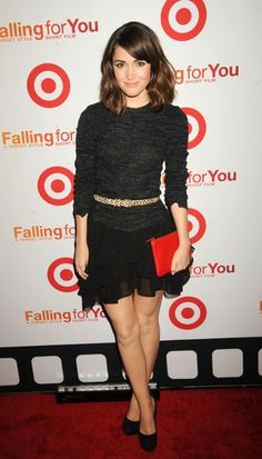 """Rose Byrne Photos - Rose Byrne attending Target's """"Falling For You"""" premiere held at Terminal 5 in New York City. - AnnaSophia Robb attending Target's """"Falling For You"""" premiere held at Terminal 5 in New York City Rose Byrne Style, Target Style, Straight Cut, Girl Crushes, Gossip Girl, Short Film, Muse, Winter Fashion, Cool Outfits"""