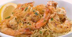 Les pâtes aux crevettes les plus faciles qui soient Shrimp Dishes, Pasta Dishes, Shrimp Pasta, Fish Recipes, Healthy Recipes, Recipies, Scampi Recipe, Zucchini Fritters, Pasta Noodles