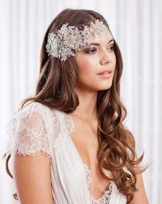 novia con pelo suelto y bandana