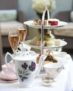 Review: Afternoon Tea at Dukes Hotel, London