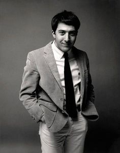 Dateline Dustin Hoffman In The Graduate - Ivy Style Dustin Hoffman Young, Dustin Hoffman The Graduate, The Graduate 1967, Marcel Proust, Al Pacino, Kramer Contre Kramer, Cool Attitude, Ivy Look, Gena Rowlands