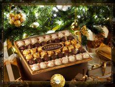 Ferrero Collection :  l'alliance éblouissante de trois recettes uniques qui émerveille tous vos moments de fête.