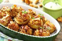 Sprawdzony przepis na Kurczak po zbójnicku zapiekany w ziemniakach . Wybierz…