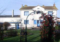 Poitou Charentes, 79 Deux-Sèvres France Spacious 4 Bed Detached Home