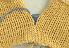 A mattress stitch tutorial (Little Cotton Rabbits) Knitting Help, Baby Hats Knitting, Lace Knitting, Knitting Stitches, Knitting Patterns, Crochet Patterns, Free Crochet, Knit Crochet, Little Cotton Rabbits