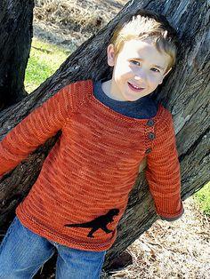 Drengesweater. Det er faktisk en m/k-sweater. Der er opskrift til både korte og lange ærmer.