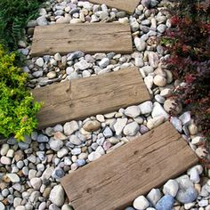 For the cottage or seashore-like design, use recycled hardwood for stepping stones. A great DIY option as it looks great and is forgiving when putting it together.