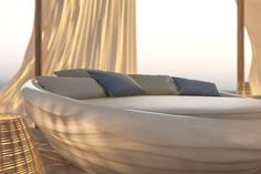Inspired by the movement of the waves in the Mediterrenanen sea,Silky White reflects the calmness and casualness of the universal appeal of the sea.Suitable for outside use, even in the most extreme weather conditions, brings the comfort and the quality of interior furniture to outdoor use without losing it's original qualities.