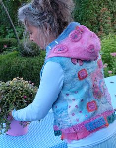 sleeveless jacket https://www.facebook.com/AtelierRozevilterije?ref=hl