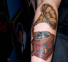 Tattoo Victrola
