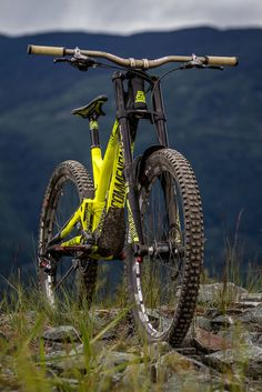 Commencal Supreme V4 Review