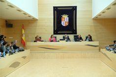 Castilla y León impulsará el emprendimiento juvenil en la agricultura y la ganadería durante 2018 http://www.revcyl.com/web/index.php/economia/item/9966-castilla-y-leon-impul