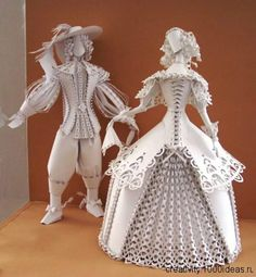 Amazing paper art dolls by artist Asya Runner http://www.1000ideas.ru/wp-content/gallery/asia-gonca/AsiaGonca018.jpg more can be seen at http://www.1000ideas.ru/?p=20117