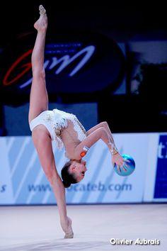 Dina AVERINA (Russia) ~ Ball @ GP Thiais 2016 Olivier Aubrais.