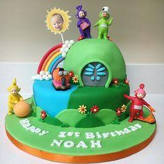 Teletubbies Birthday Cake, Teletubbies Cake, 1st Birthday Cakes, Birthday Invitations Kids, Birthday Ideas, Fruit Cake Watermelon, Daisy Cakes, Noah, Cake Kids