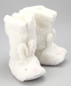 Take a look at this White Blossom Boots by Bunnies by the Bay on #zulily today!