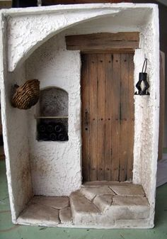 Miniature Room Box by Toshio Honzawa Incredible! Miniature Room Box by Toshio Honzawa Vitrine Miniature, Miniature Rooms, Miniature Crafts, Miniature Houses, Small World, Vin Nouveau, Wine House, Fairy Doors, Barbie House