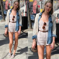 Macaquinho e camisa jeans #CandiceSwanepoel #streetstyle #looks #fashion #moda