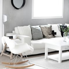 White and grey living room couch lounge Nordic Living Room, Chic Living Room, Living Room Grey, Living Room Interior, Home Living Room, Living Room Decor, Living Spaces, Living Room Inspiration, Interior Inspiration