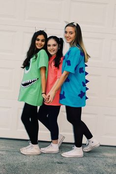 23 Spooky Group Halloween Costume Ideas - Simply Allison , Check out best Group Halloween costumes idea that'll you'll besties will absolutely love. Flaunt your squad with these college group halloween costume. Cute Group Halloween Costumes, Last Minute Halloween Costumes, Halloween Ideas, Couple Halloween, Cute Best Friend Costumes, Bff Costume Ideas, Monsters Inc Halloween Costumes, Disney Group Costumes, Trio Costumes