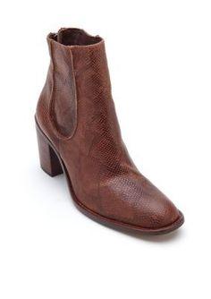 Matisse Brown Mack Boot