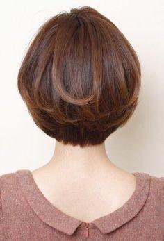 Thin Hair Haircuts, Medium Bob Hairstyles, Short Hairstyles For Women, Straight Hairstyles, Girl Hairstyles, Short Haircuts, Wedge Hairstyles, Hair Styles For Women Over 50, Short Hair Cuts For Women
