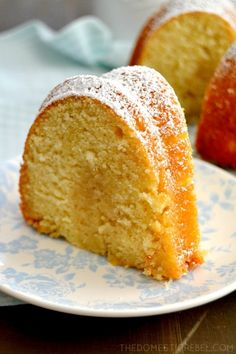 Get ready to try the cake that will put any old pound cake recipe to shame. Make sure you leave room in your recipe box for this All-American Butter Cake Recipe, because it's one that you won't want to lose. Best Butter Cake Recipe, Pound Cake Recipes, Let Them Eat Cake, Cupcake Cakes, Cupcakes, Biscuits, The Best, Sweet Treats, Dessert Recipes