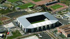 Stade Geoffroy Guichard (Saint-Étienne, 42 mil pessoas, estádio de 1931) - reformado: R$ 206,4 milhões