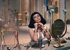 vintagegal: Elizabeth Taylor in Cleopatra (1963)